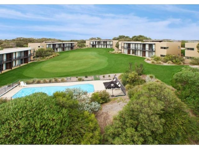Moonah Links Apartment 55 - Fingal
