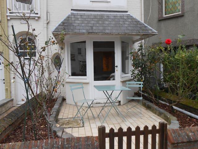 Authentiek vakantiehuis Dumontwijk - De Panne - House
