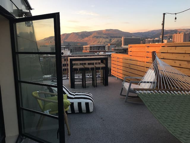 Downtown Loft with Private Roofdeck - Salt Lake City - Loft