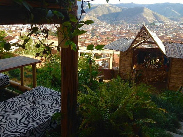 Tiki Workshop 2 with incredible view of Cusco