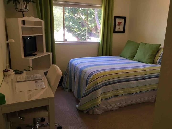 Sunny, quiet, cozy room in a great location
