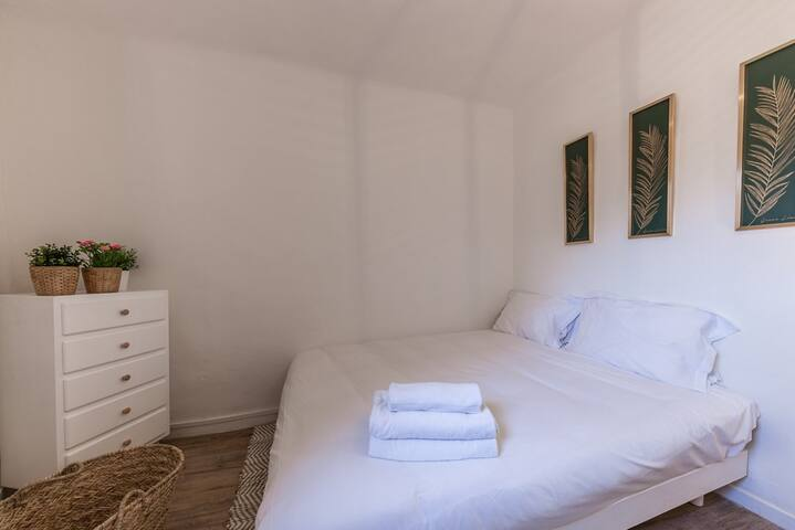 Terrace ideally located in the historic center 4