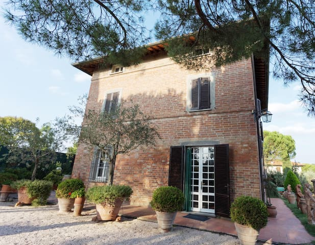 Country house and annex, panoramic garden and pool - Gioiella - House