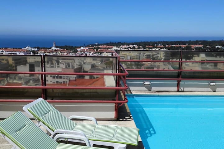 Spacious Cascais Apartment with Rooftop Pool