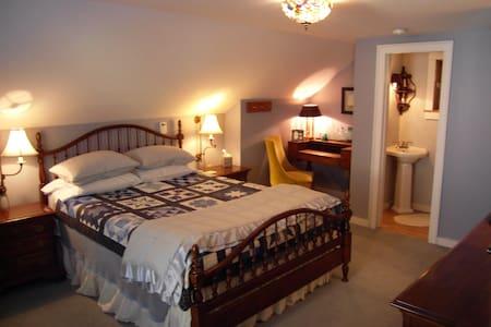 The Hydrangea Room in B & B