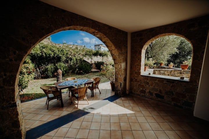 Pisciotta - Bilocale con giardino - 4 min dal mare
