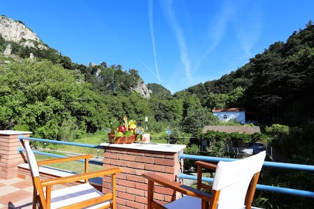 Potami river house, 2 minutes to the beach