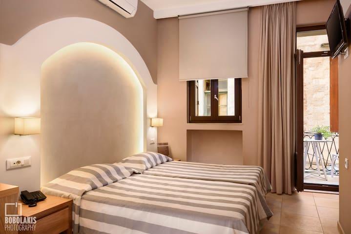 Morfeas hotel Chania-Crete
