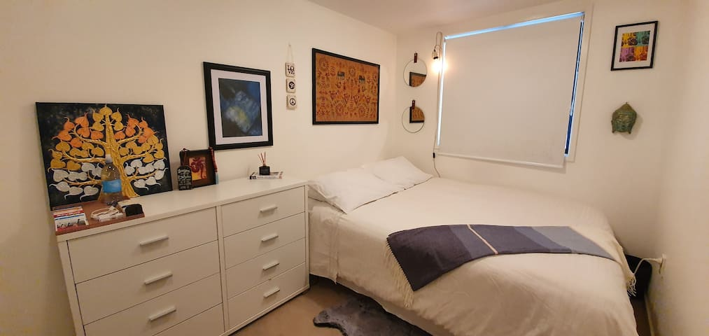 Double bed bedroom at Parnell apartment.