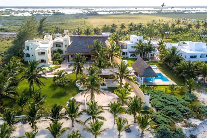 LUX BEACH MANSION Villa Taichi Telchac