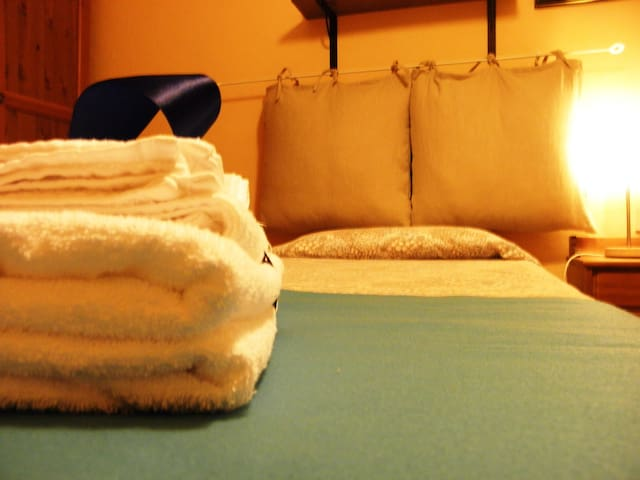 warm accommodation on the mountain - Montelungo, Toscana, IT