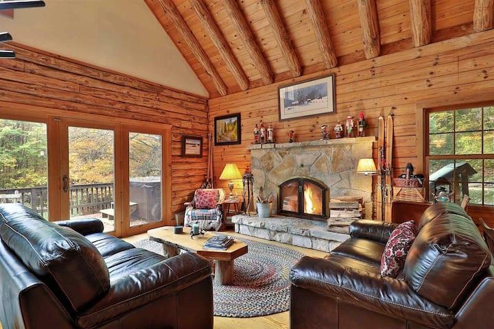 Beautiful Log Cabin w/fireplace 10 min to Mountain
