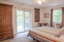 Guest Bedroom #2 Photo 1 of 2