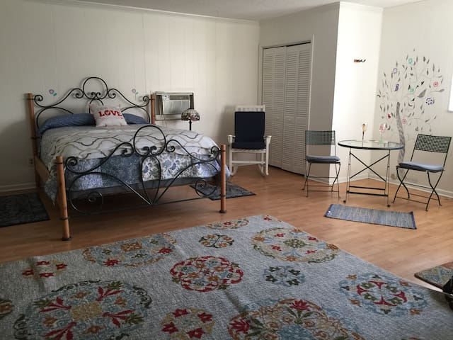 LOVELY STUDIO WITH KITCHEN & PATIO - Boynton Beach - Pis