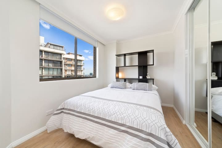 Marvellous modern high floor pad - Darlinghurst - Leilighet