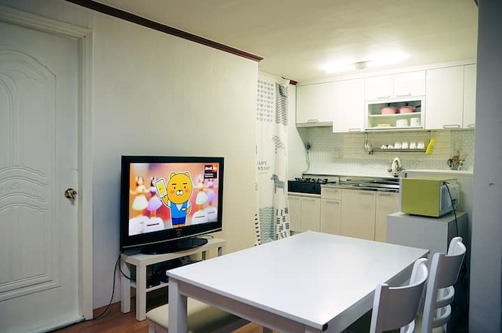 Dara House#1 (8 mins from Seoul Station)