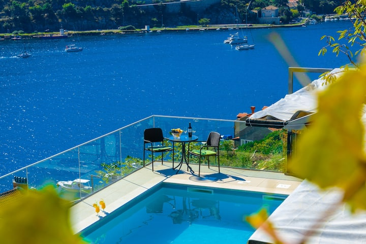 Apartment with pool near Dubrovnik