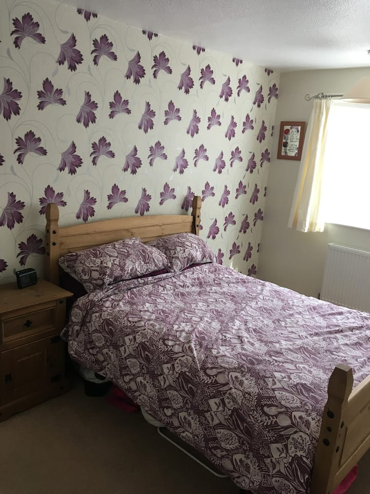 Double bedroom in a family home in Exmouth