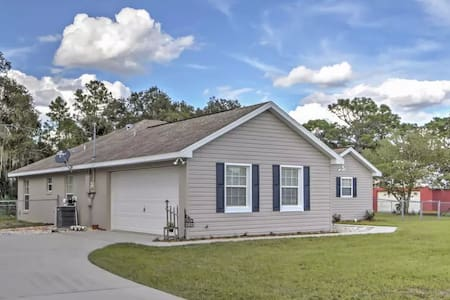 3BR Dunnellon House w/Private Fenced Yard - Dunnellon