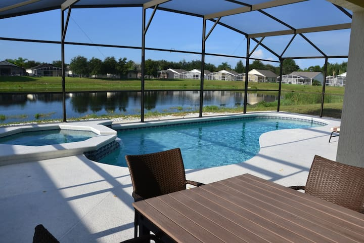 Great 4BR South facing pool villa - Clermont - House
