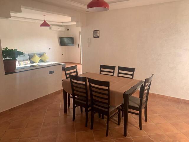 Salle à manger (Appartement du haut)