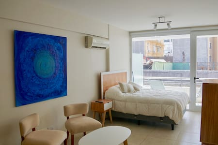 Modern Studio with private Balcony in San Telmo - Buenos Aires - Apartment
