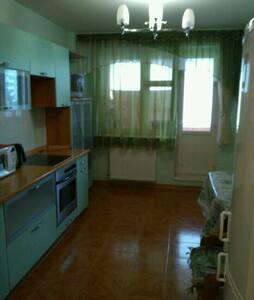 Уютная квартира с хорошим ремонтом! - Мытищи