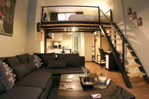 Athens cozy renovated apartment