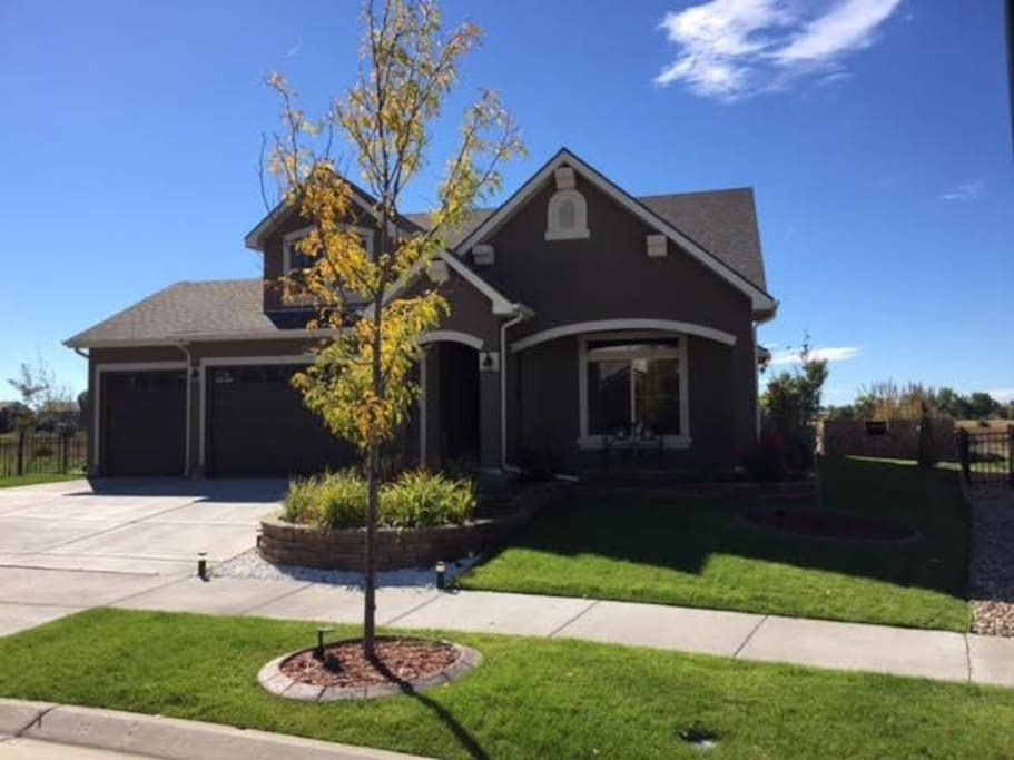Quiet house on the gvr golf course near dia houses for for House plans for golf course lots