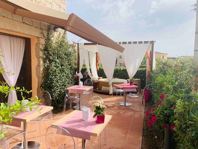 Sardinia luxury room and breakfast included