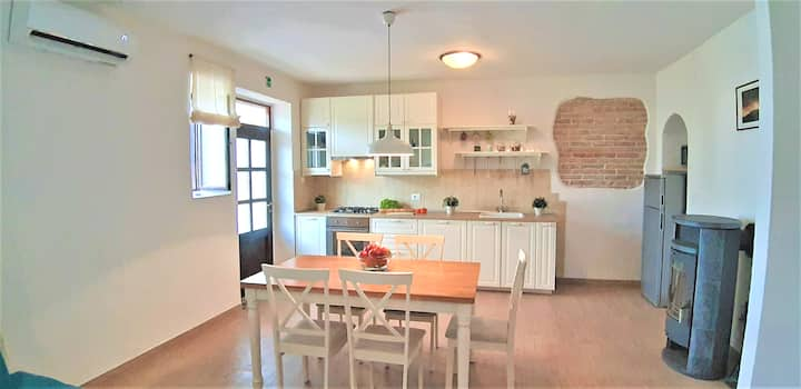 Rural Luxury Apartment VALERIA