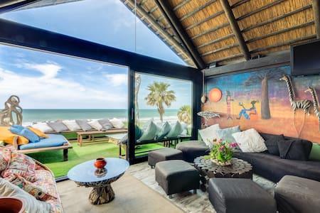 Coqueto Apartamento con vistas a la Playa