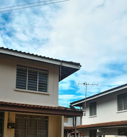 Home Stay with privacy - Ipoh - Ev