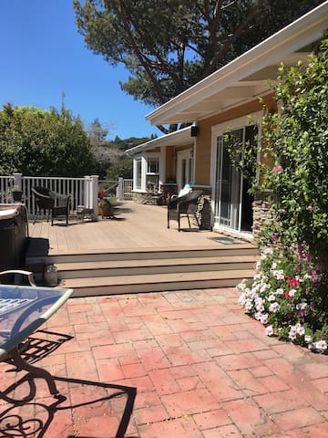 Coastal Cottage in the heart of Arroyo Grande