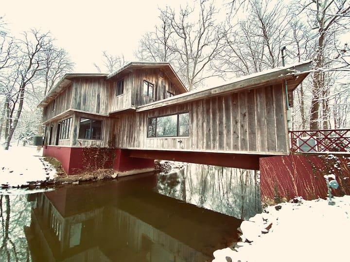 Pet Friendly, Converted Bridge on 5 Private Acres.