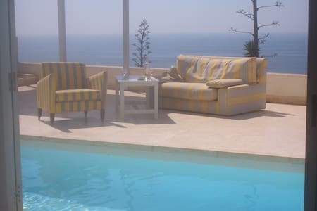Beach villa with heated pool south of AGADIR - Sidi Ifni