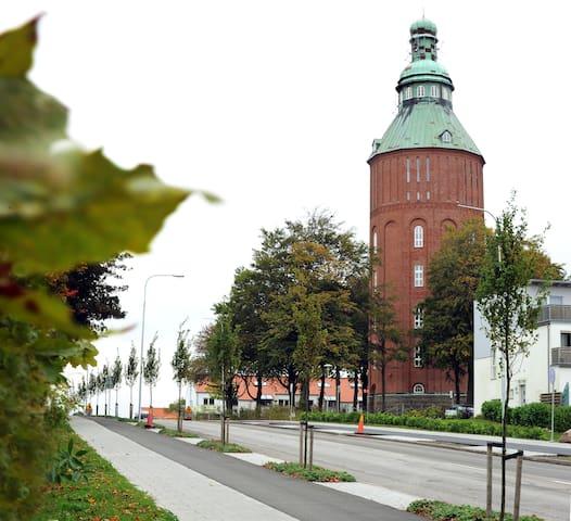"""Gamla Vattentornet """"Nappflaskan"""" - Ystad - Apartamento"""