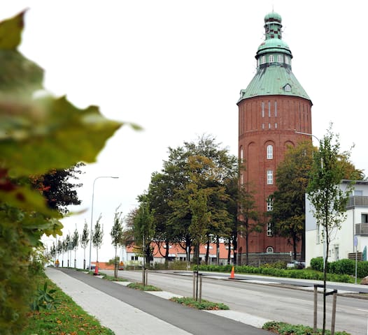 "Gamla Vattentornet ""Nappflaskan"" - Ystad - Appartement"