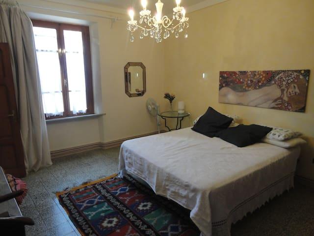 Grazioso appartamento trilocale - Chianni  - Appartement