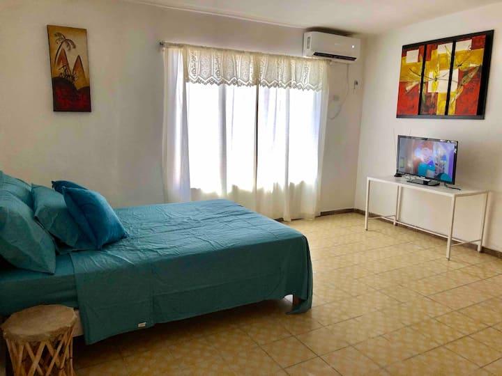 Habitación con entrada independiente y wifi