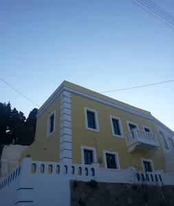 Villa Eleni - Agia Marina - House