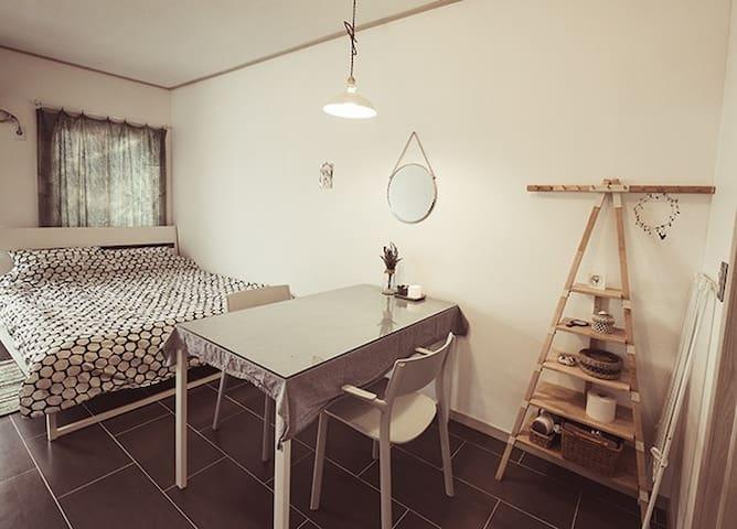 라일락, 속초해수욕장 도보 2분 커플 전용 객실 - Sokcho-si - Casa