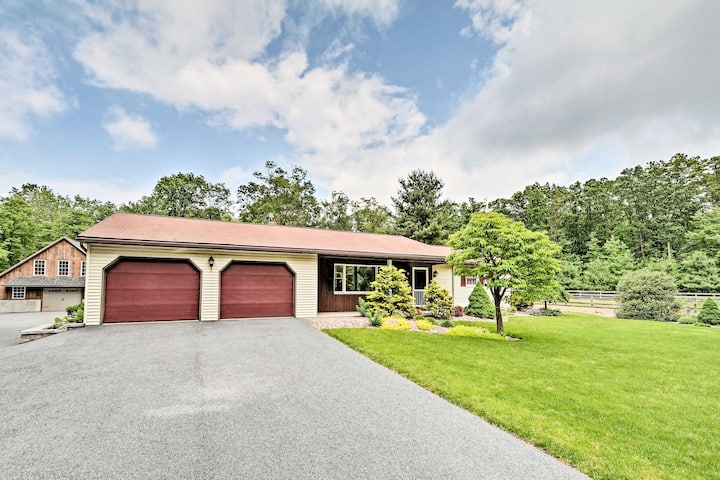 Family Home w/WiFi, 14mi to Dutch Wonderland!