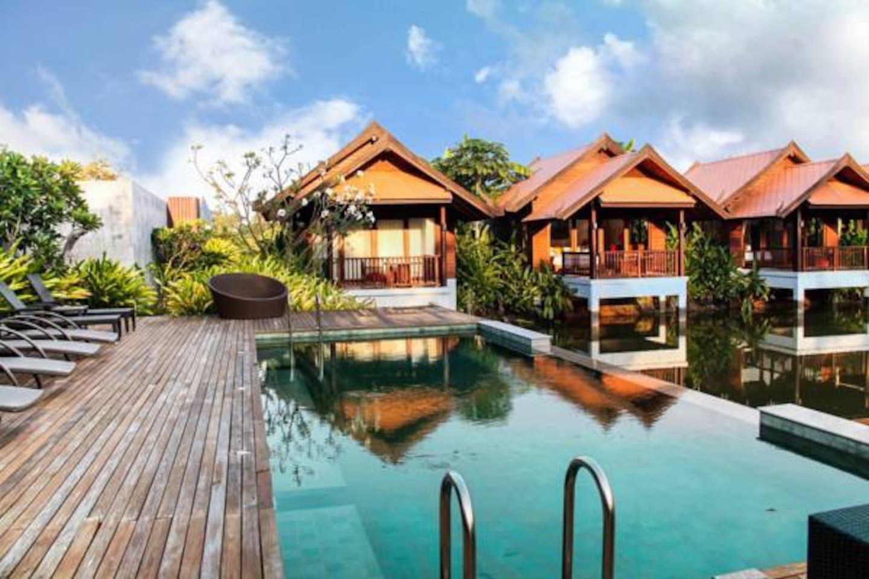 Lotus villa and public pool