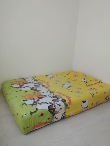 Borneo new town house with single bed