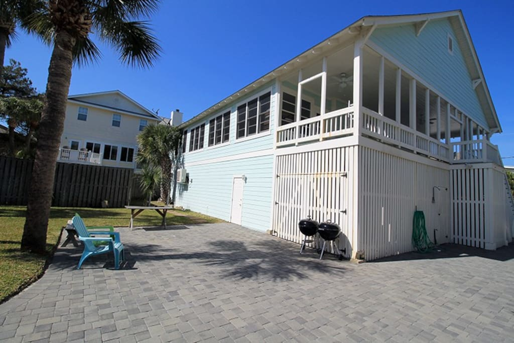 Bring your family and all the cousins, too, and take a journey back in Tybee Time in this renovated Tybee Raised Cottage located just one house from the beach.