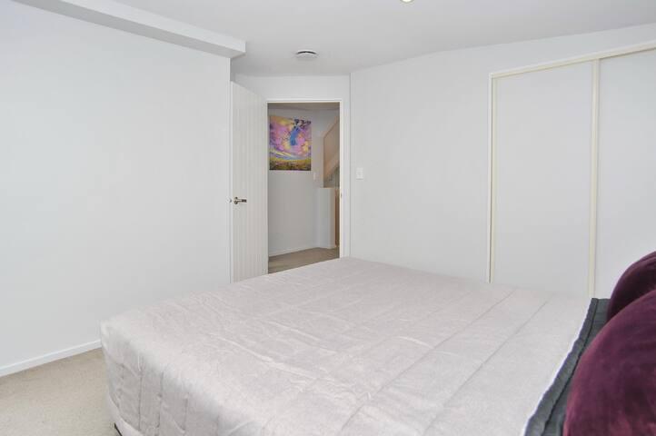 Regents A: Bedroom 4