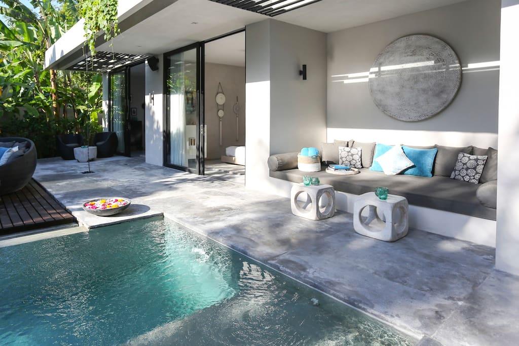 Prana 3 Bedroom Ultra Modern Design Villa, Umalas - Villas