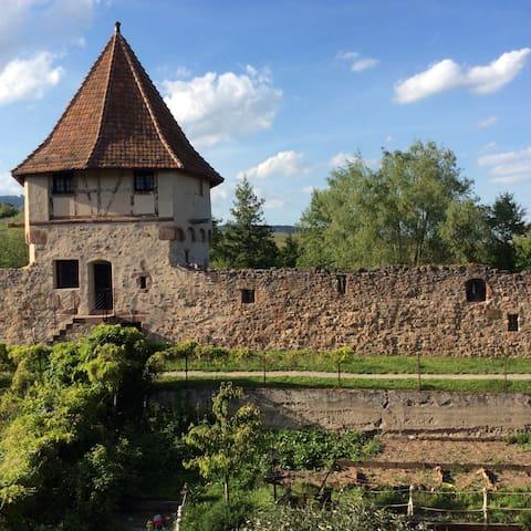 La chambre des Remparts,Alsace,Bergheim.