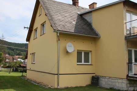 Apartmán Věra - Lipová-lázně - Haus